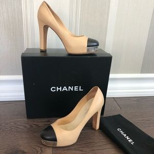 Chanel Shoes size 38 1/2